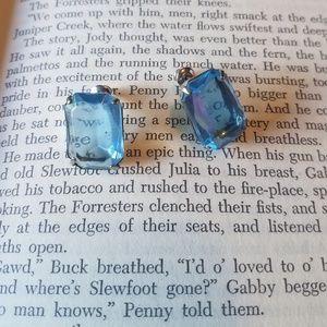 {vintage} baby blue earrings studs